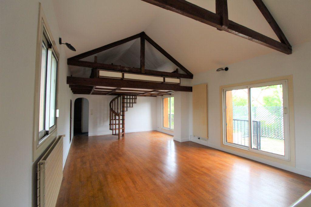Maison à vendre 8 180m2 à Chelles vignette-8