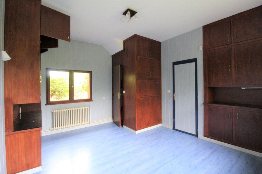 Maison à vendre 8 180m2 à Chelles vignette-16