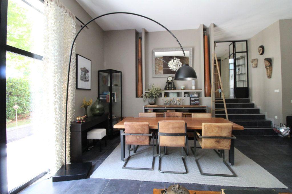 Maison à vendre 10 268m2 à Saint-Thibault-des-Vignes vignette-6