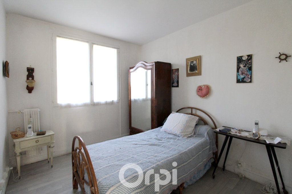 Appartement à vendre 3 63m2 à Lagny-sur-Marne vignette-5