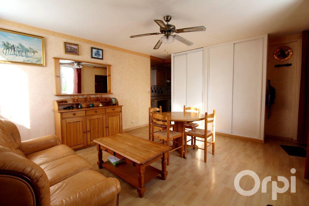 Appartement à vendre 2 41m2 à Lagny-sur-Marne vignette-4