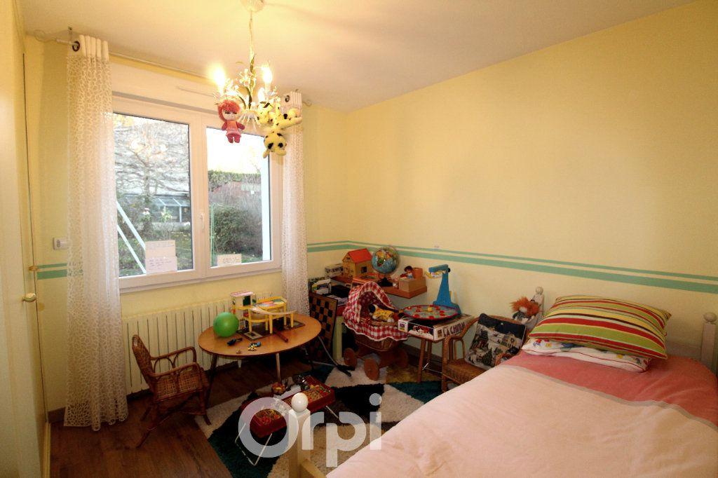 Maison à vendre 7 130m2 à Thorigny-sur-Marne vignette-10