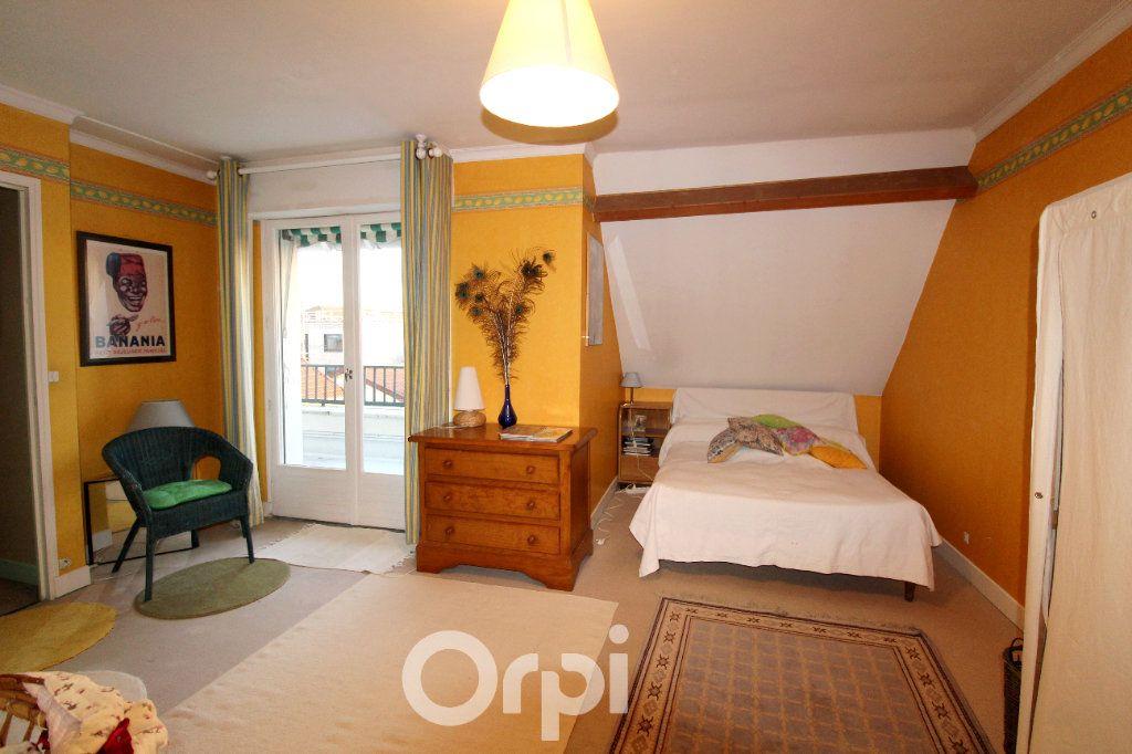 Maison à vendre 7 130m2 à Thorigny-sur-Marne vignette-13