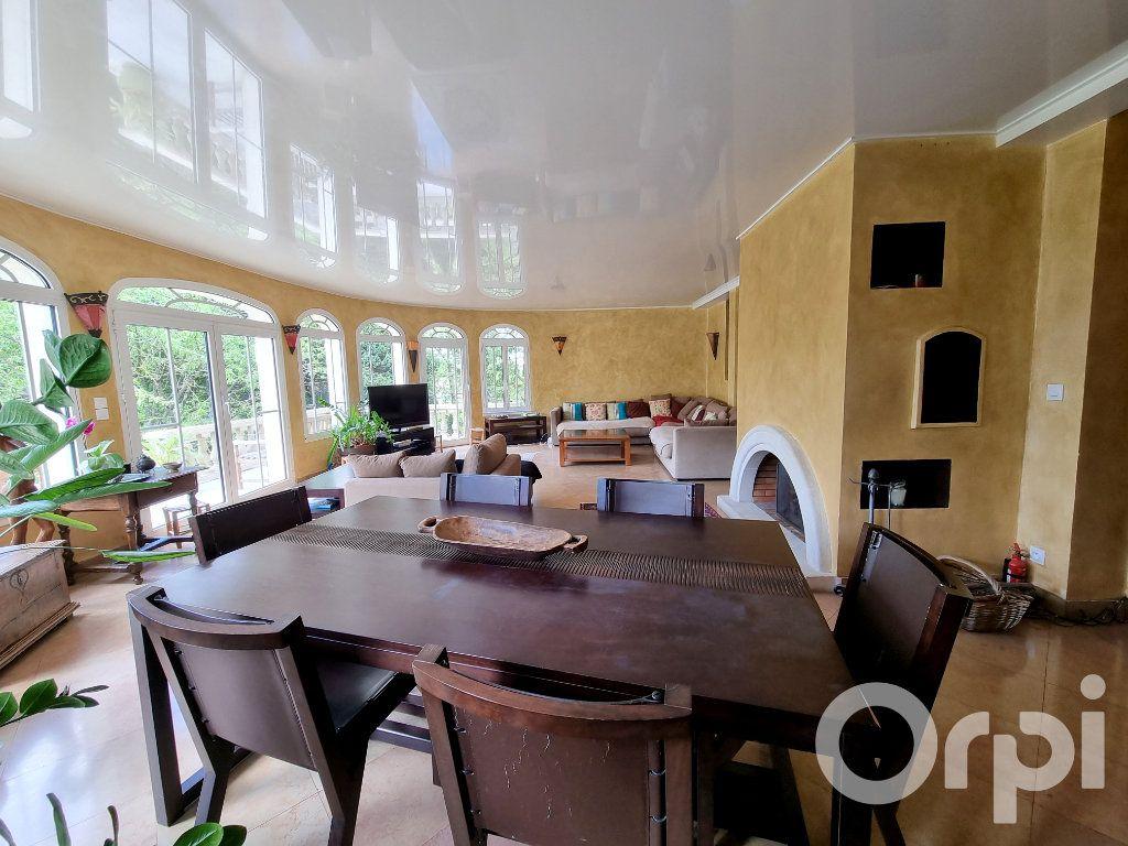 Maison à vendre 10 241m2 à Lagny-sur-Marne vignette-8