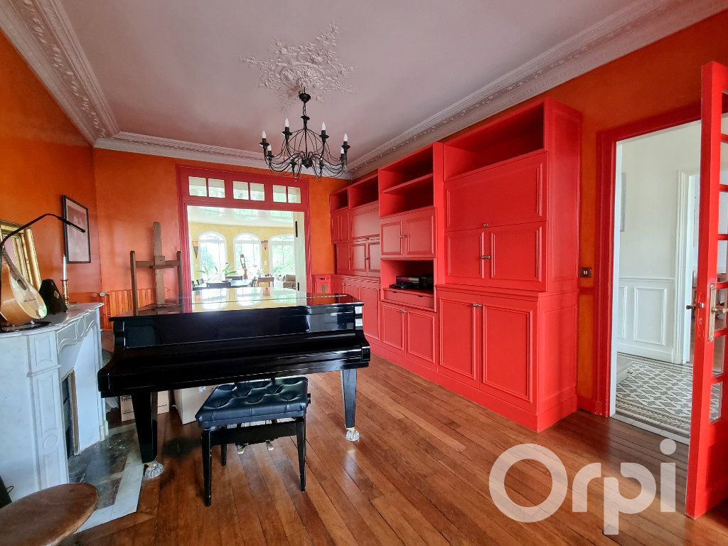 Maison à vendre 10 241m2 à Lagny-sur-Marne vignette-10