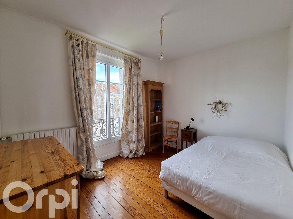 Maison à vendre 10 241m2 à Lagny-sur-Marne vignette-13