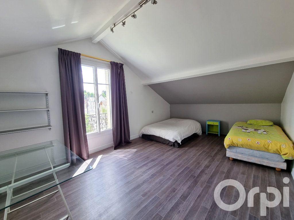 Maison à vendre 10 241m2 à Lagny-sur-Marne vignette-15
