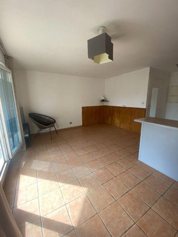 Appartement à louer 1 31.11m2 à Rosny-sous-Bois vignette-5