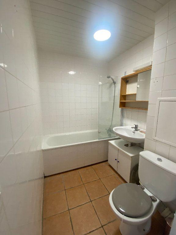 Appartement à louer 1 31.11m2 à Rosny-sous-Bois vignette-7