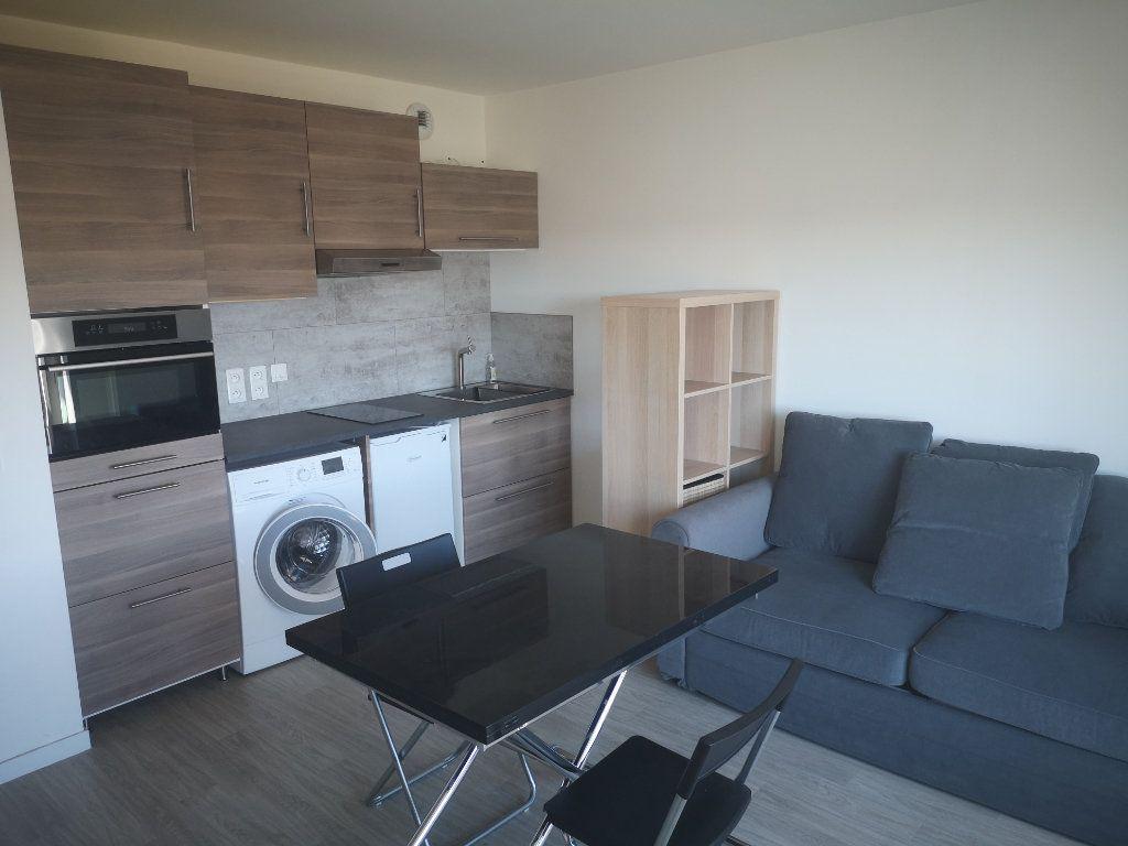 Appartement à louer 1 25.75m2 à Aulnay-sous-Bois vignette-1