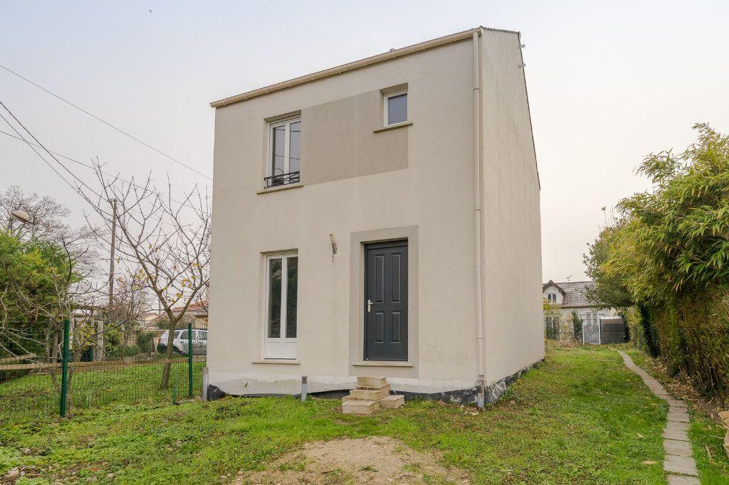 Maison à vendre 4 90m2 à Gagny vignette-1