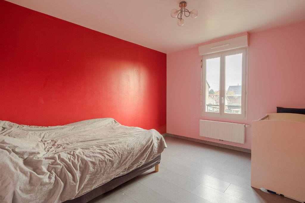 Maison à vendre 4 90m2 à Gagny vignette-6