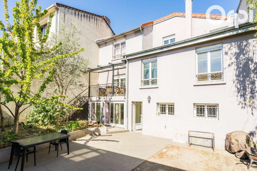 Maison à vendre 11 215m2 à Montreuil vignette-1