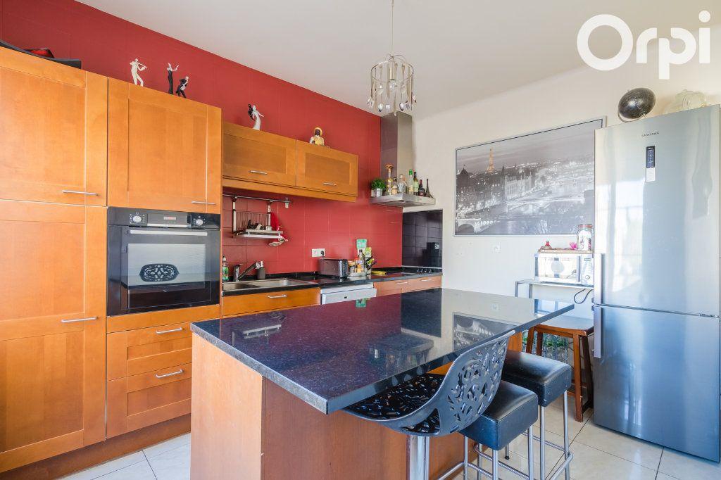 Maison à vendre 11 215m2 à Montreuil vignette-3
