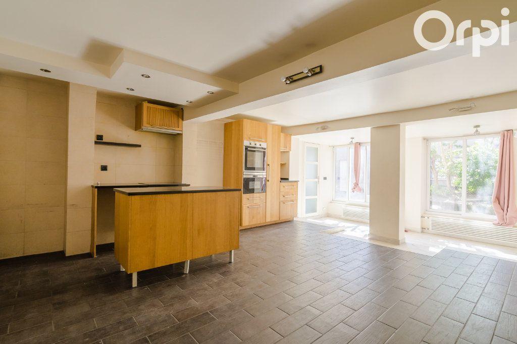 Maison à vendre 11 215m2 à Montreuil vignette-10