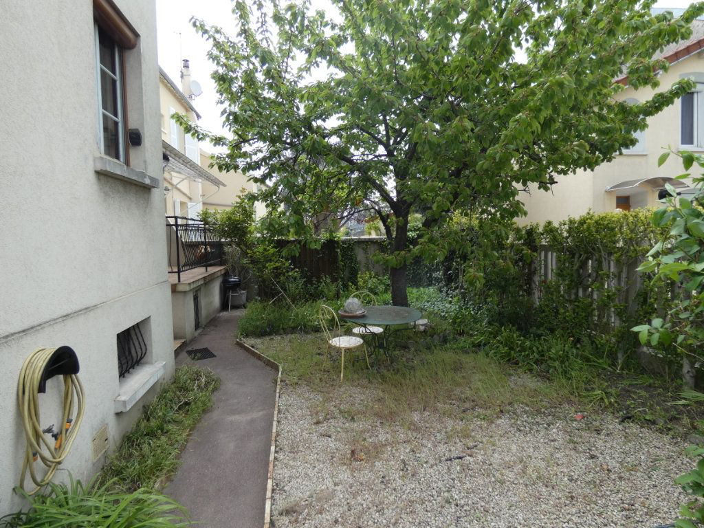 Maison à vendre 3 67m2 à Villemomble vignette-9