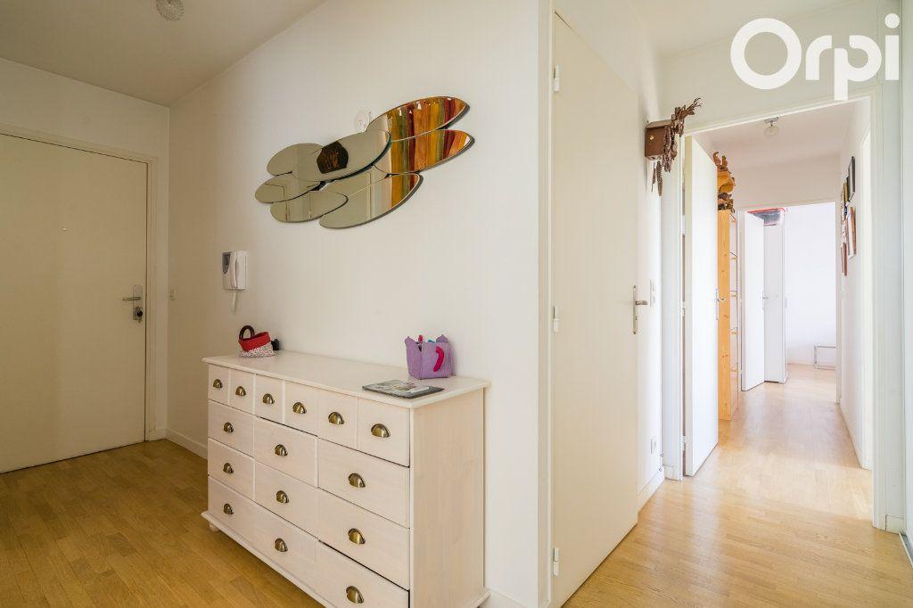 Appartement à vendre 4 80.78m2 à Gagny vignette-5