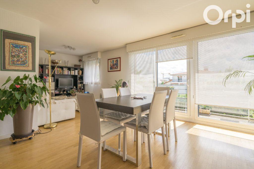 Appartement à vendre 4 80.78m2 à Gagny vignette-6