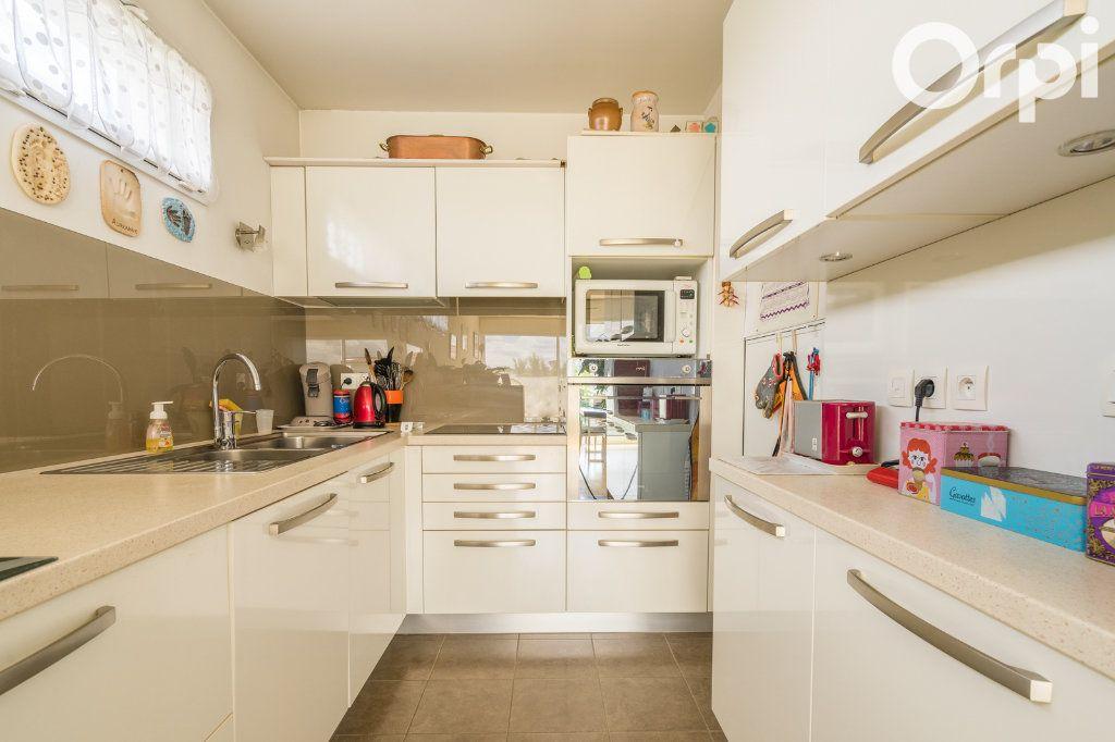 Appartement à vendre 4 80.78m2 à Gagny vignette-8