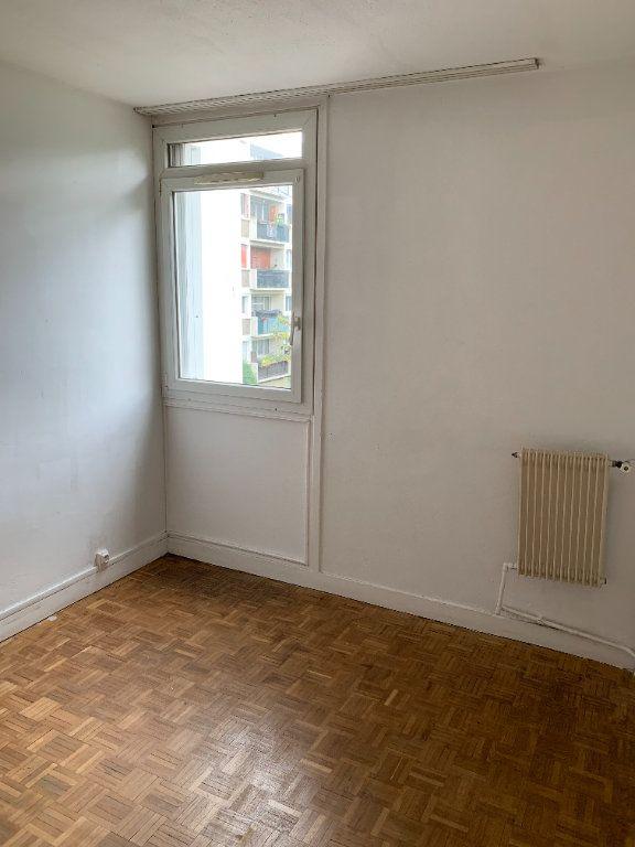 Appartement à louer 3 55.96m2 à Les Pavillons-sous-Bois vignette-3