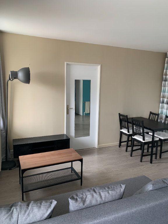 Appartement à louer 2 39.11m2 à Cergy vignette-3