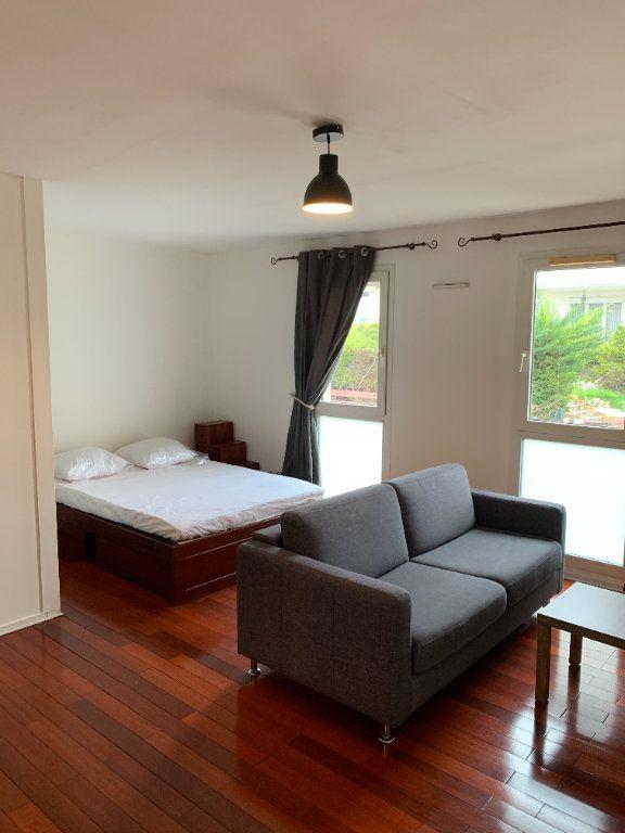 Appartement à louer 1 31.16m2 à Livry-Gargan vignette-1