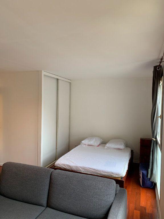 Appartement à louer 1 31.16m2 à Livry-Gargan vignette-3