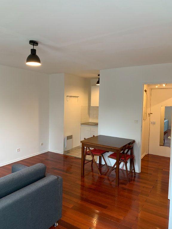 Appartement à louer 1 31.16m2 à Livry-Gargan vignette-5