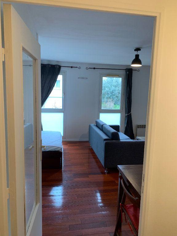 Appartement à louer 1 31.16m2 à Livry-Gargan vignette-6