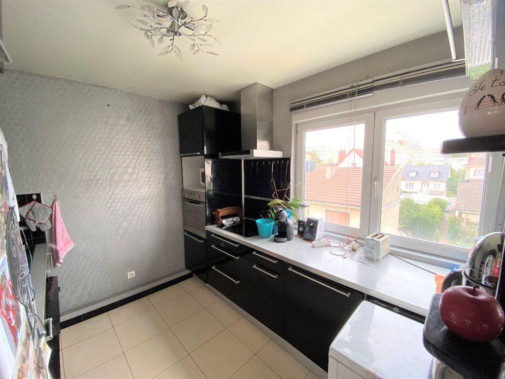 Appartement à vendre 3 62.26m2 à Bondy vignette-3