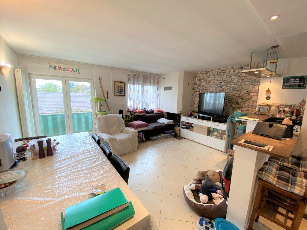 Appartement à vendre 3 62.26m2 à Bondy vignette-4