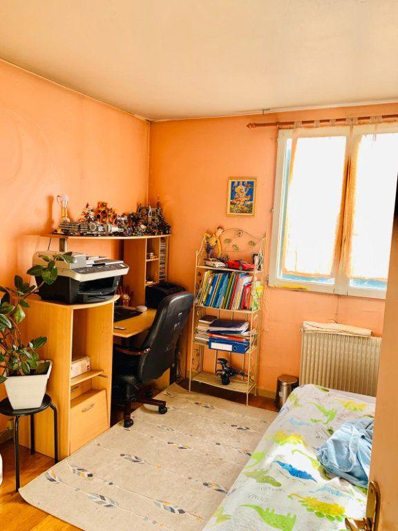Appartement à vendre 5 85m2 à Le Bourget vignette-8