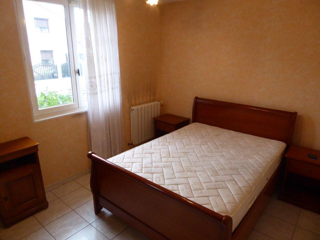 Maison à vendre 4 90m2 à Le Blanc-Mesnil vignette-5