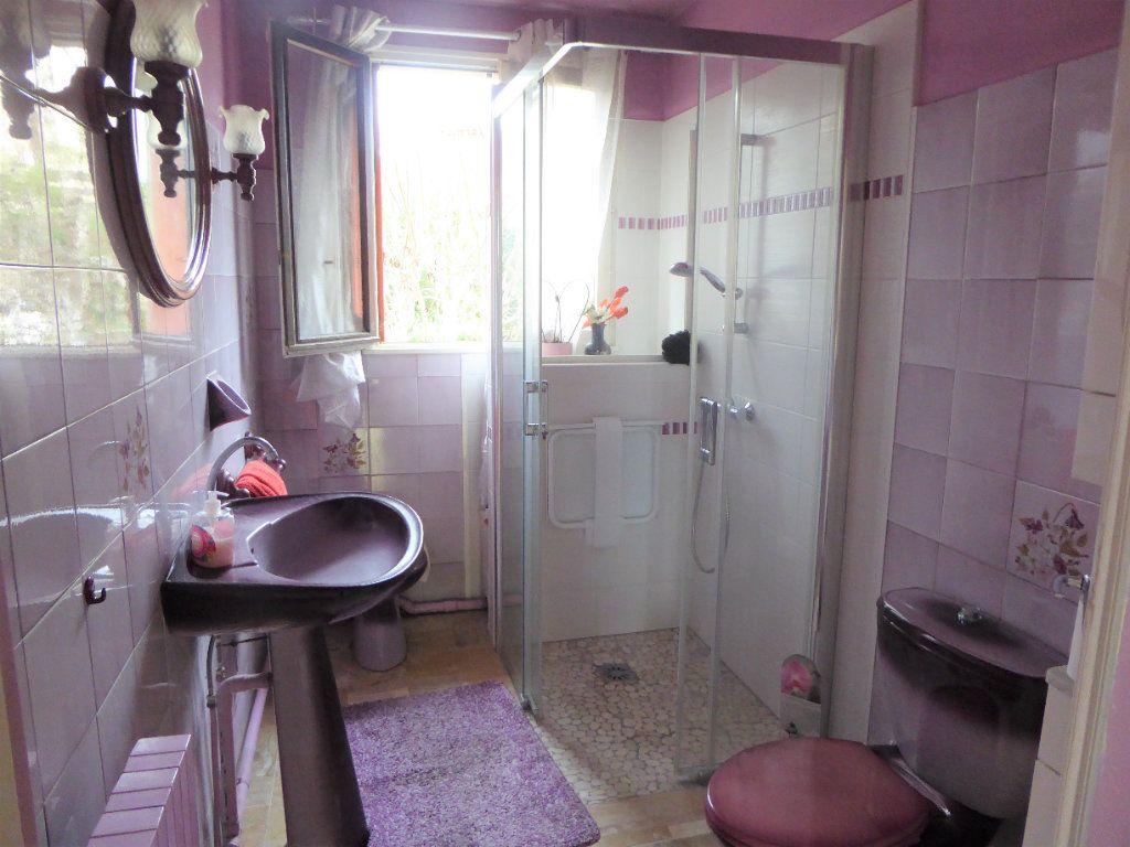 Maison à vendre 4 90m2 à Le Blanc-Mesnil vignette-6