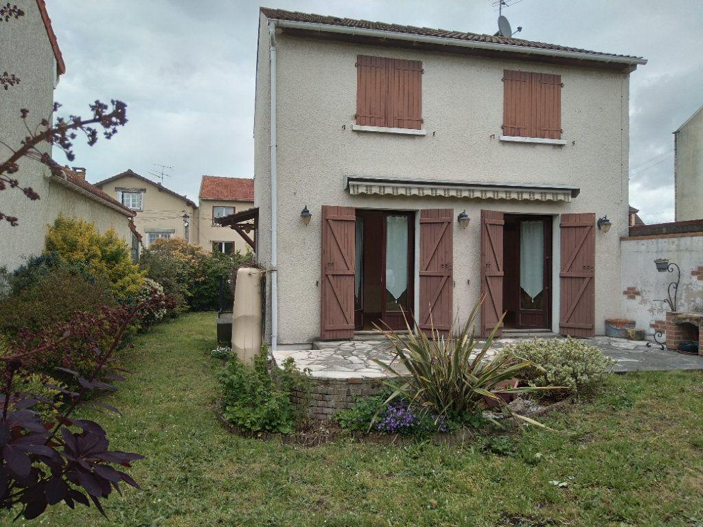 Maison à vendre 4 80m2 à Bobigny vignette-2