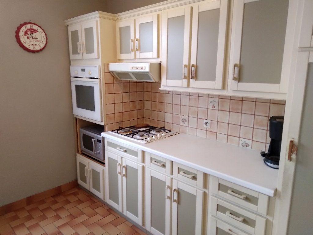 Maison à vendre 4 80m2 à Bobigny vignette-3