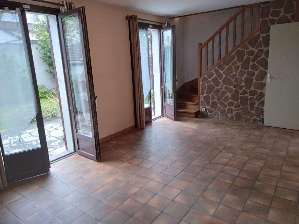 Maison à vendre 4 80m2 à Bobigny vignette-4