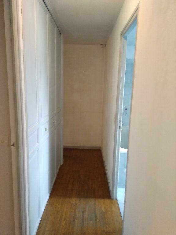 Maison à vendre 4 80m2 à Bobigny vignette-8