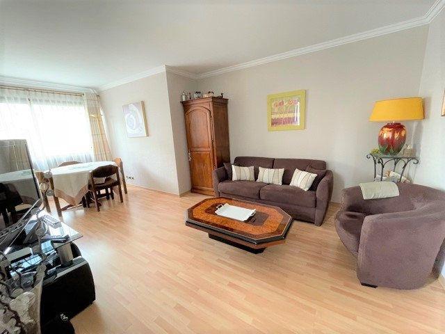 Appartement à vendre 3 75m2 à Bobigny vignette-1