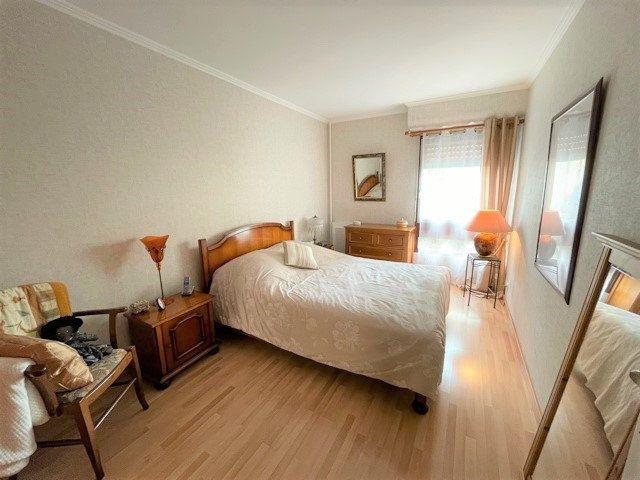 Appartement à vendre 3 75m2 à Bobigny vignette-5