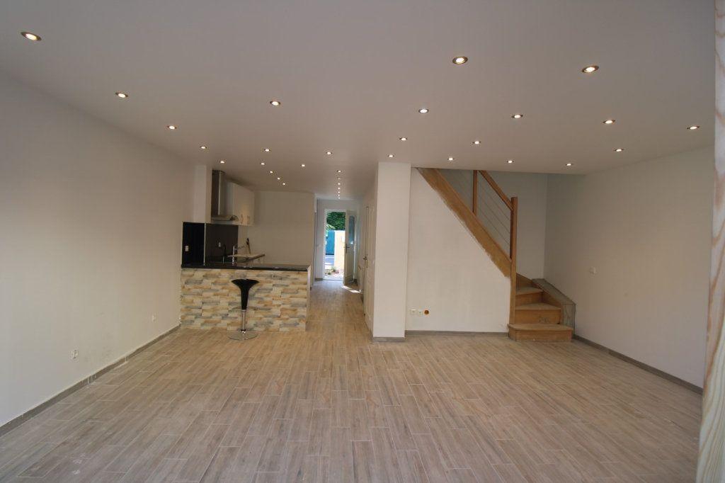 Maison à vendre 5 110m2 à Dammarie-les-Lys vignette-4