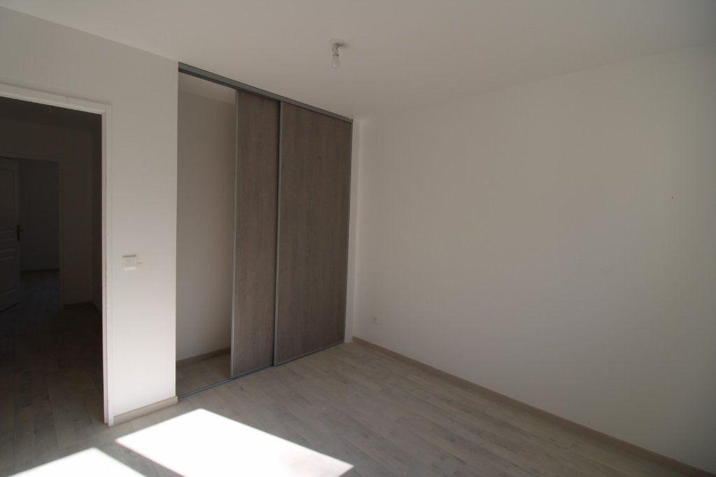 Maison à vendre 5 110m2 à Dammarie-les-Lys vignette-10