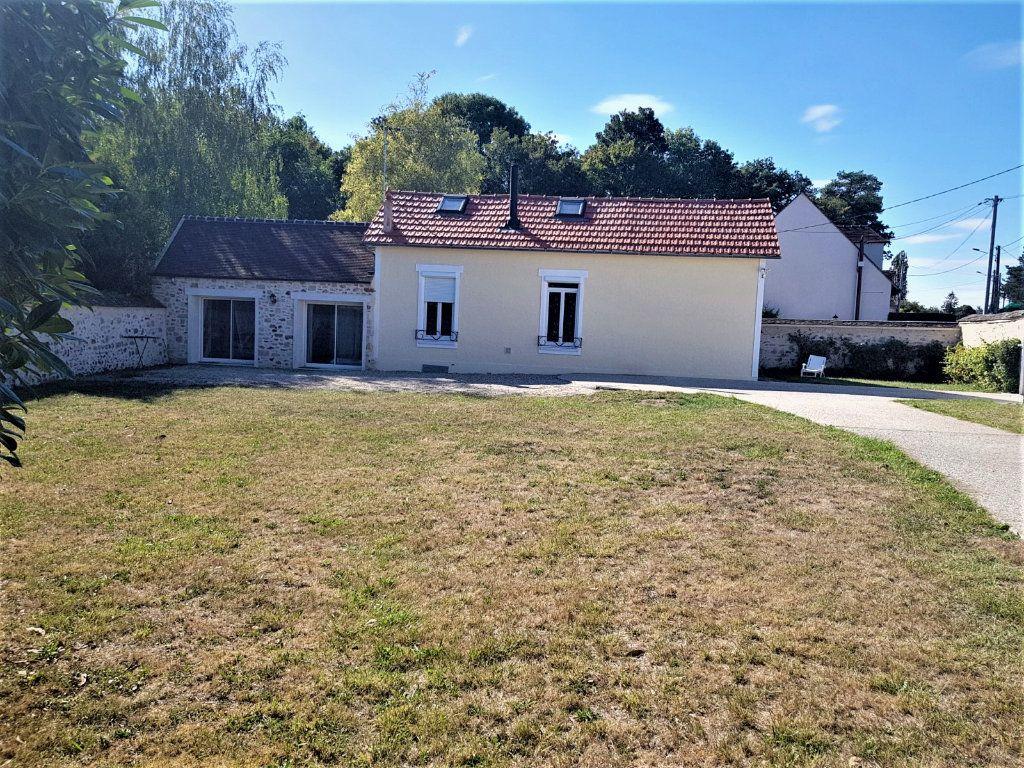 Maison à vendre 6 163m2 à Fleury-en-Bière vignette-1
