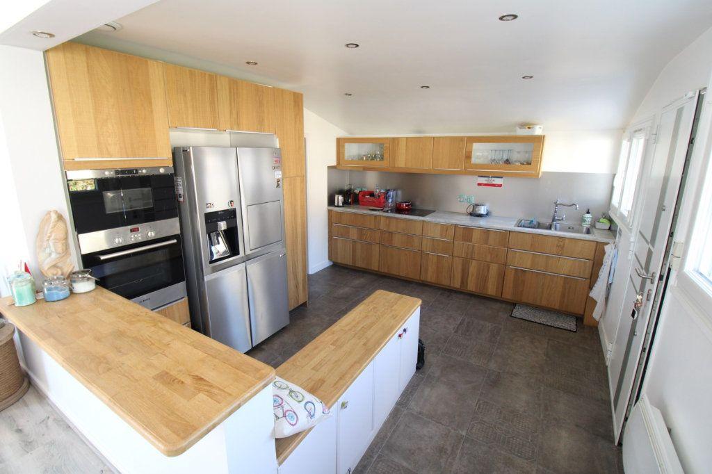 Maison à vendre 6 163m2 à Fleury-en-Bière vignette-3