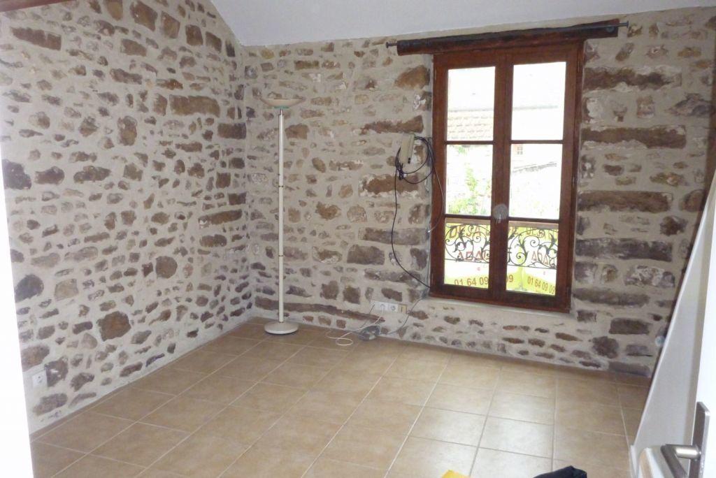 Appartement à louer 2 24.54m2 à Fleury-en-Bière vignette-2