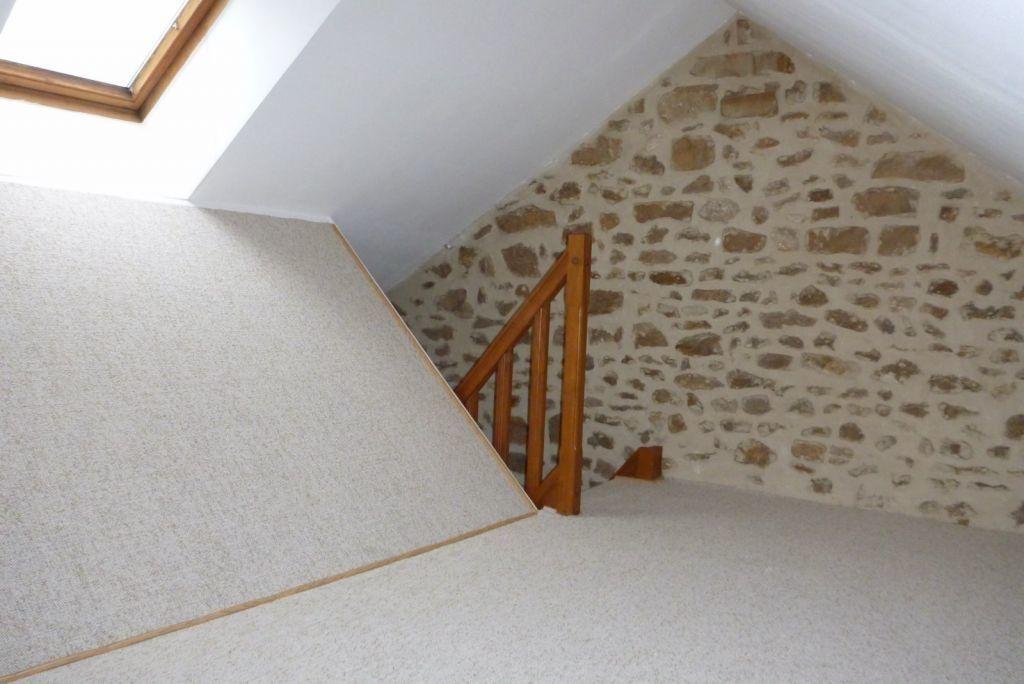 Appartement à louer 2 24.54m2 à Fleury-en-Bière vignette-5