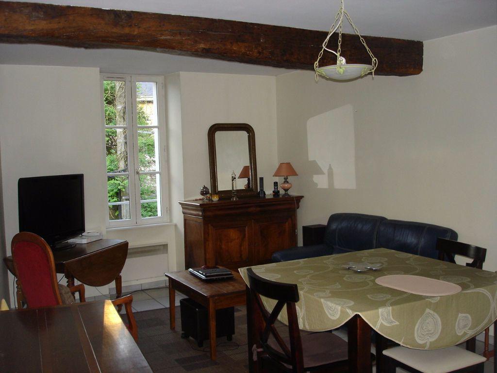 Appartement à louer 3 55.12m2 à Beaugency vignette-1