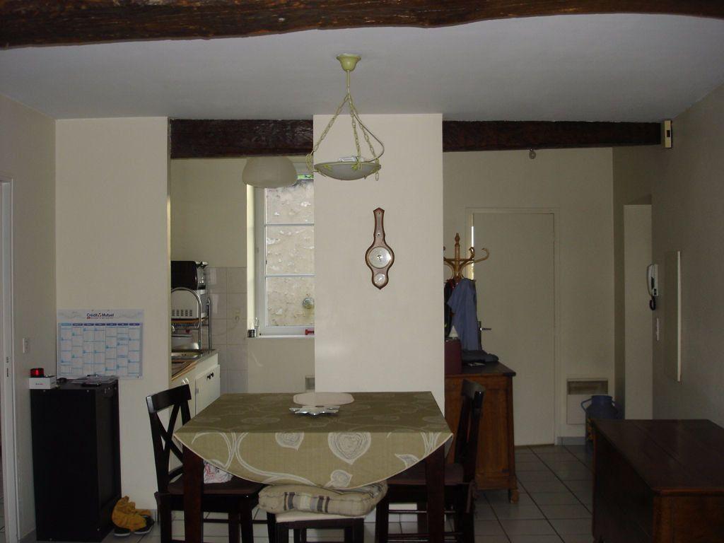 Appartement à louer 3 55.12m2 à Beaugency vignette-2