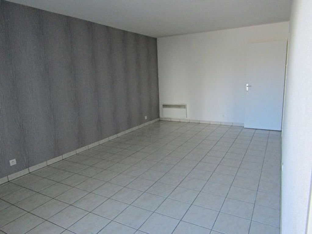 Appartement à louer 2 46m2 à Blois vignette-3
