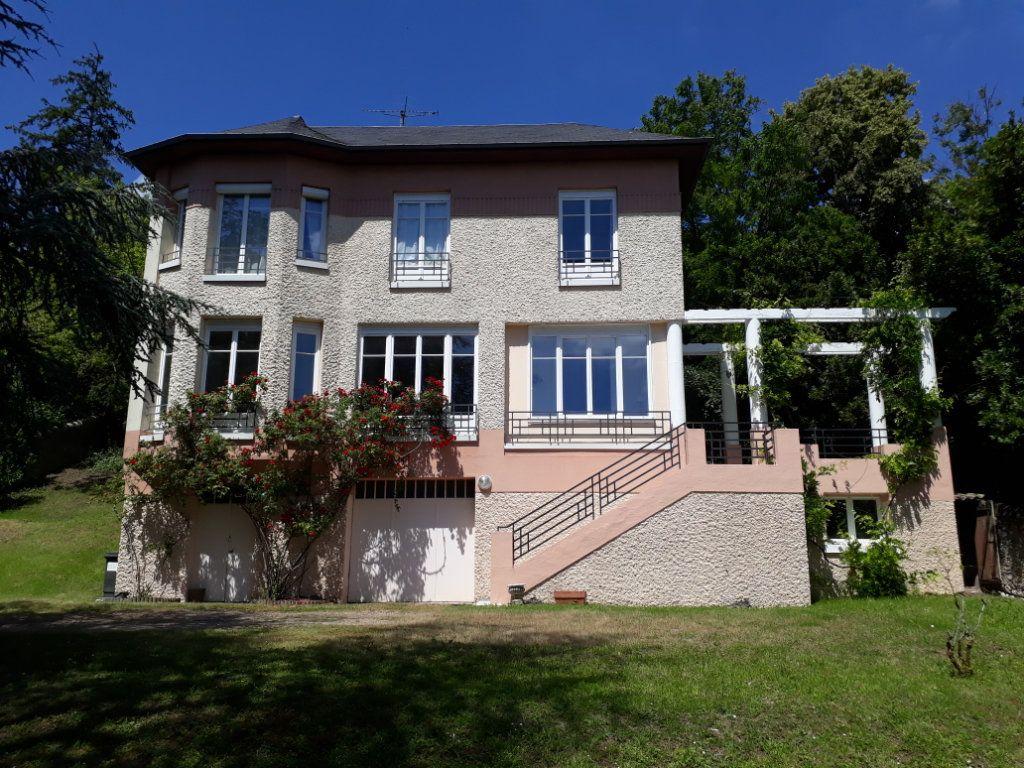 Maison à vendre 5 127m2 à Blois vignette-1